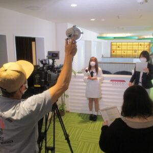 万代テラス(新潟オフィス)でスマイルスタジアムの撮影が行われました